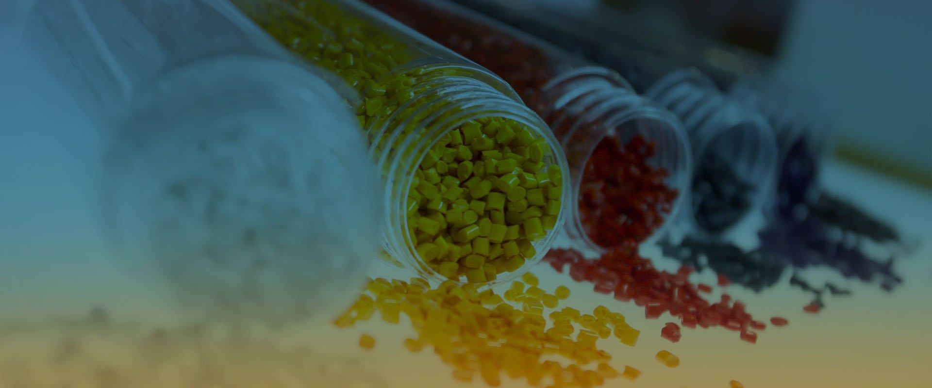 royce colors fabricantes de masterbatch parallax 1 - ROYCE COLORS | FABRICANTES DE MASTER BATCH Y PIGMENTO PARA PLASTICO